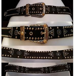 Vintage studded black leather belt runs Xs/S jana